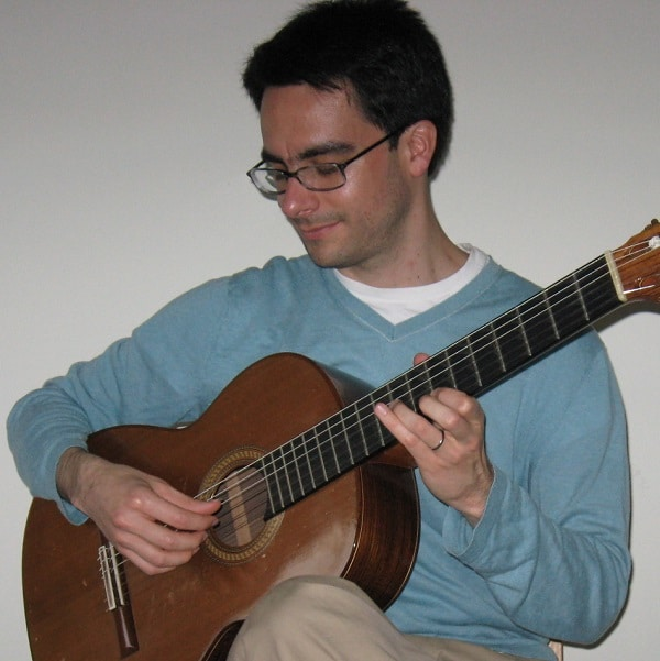 Teacher Rodrigo: Guitar, Ukulele